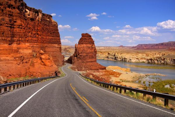 red-rock-scenic-road-ss.1390504147.jpg.o.600px
