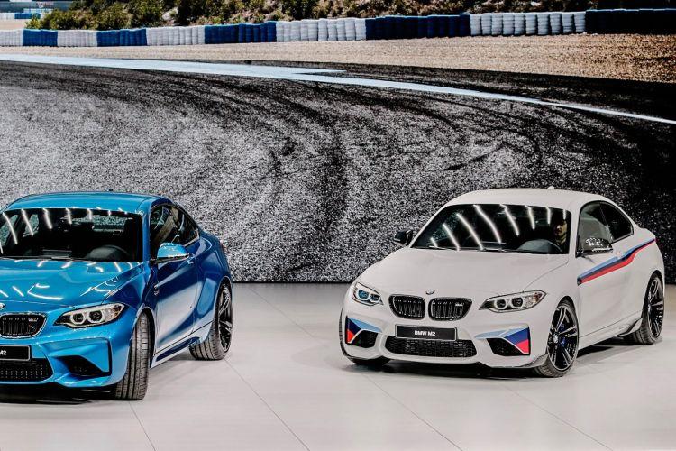 Geneva_Motor_Show_2016 - BMW M2 & Performance (1)