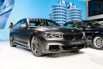 Geneva_Motor_Show_2016 - BMW M760i (8)