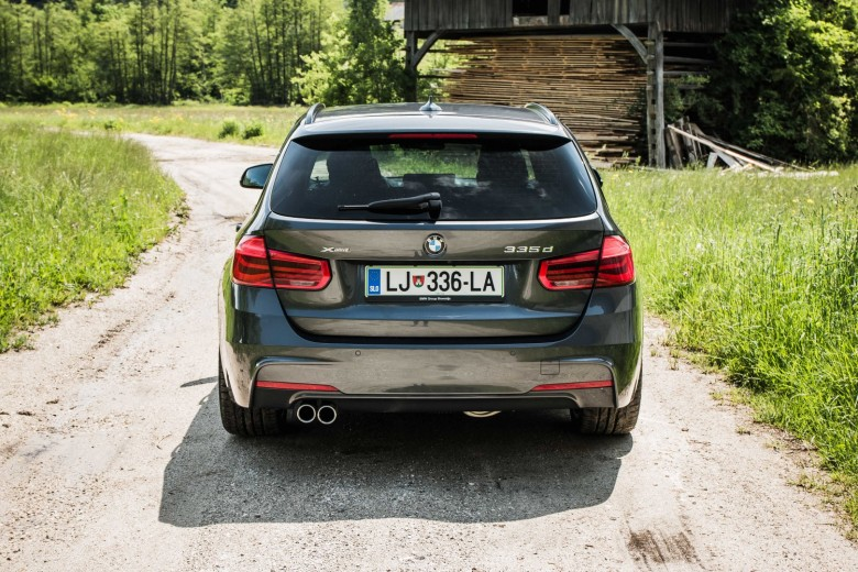 BMWBLOG - BMW TEST - BMW 335d Touring - zunanjost (13)