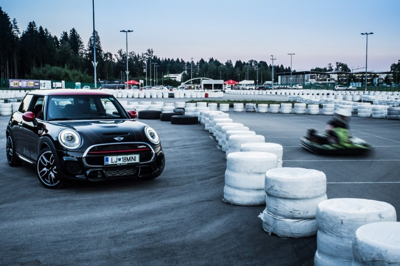 BMWBLOG - BMW TEST - MINI John Cooper Works - JCW - zunanjost (1)