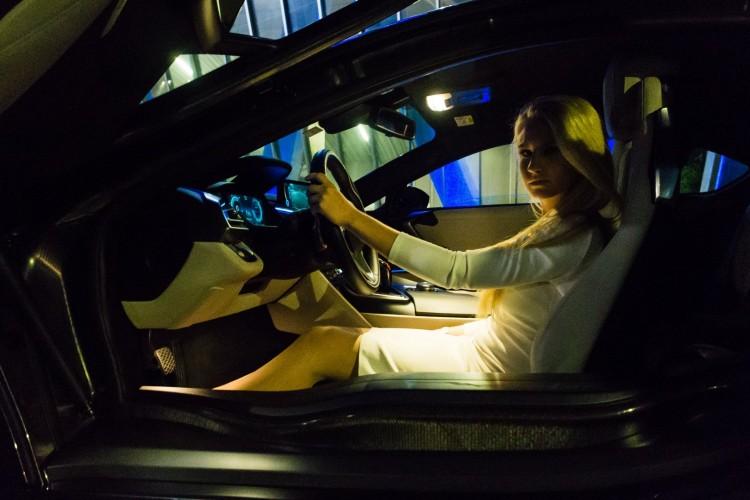 BMWBLOG - BMW i8 - BMW M2 - Behind The Scenes - Kristalna Palaca - BMW Slovenija (11)