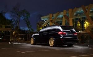 A Sapphire Mettalic BMW X5 M With ADV.1 Wheels