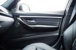 BMWBLOG - BMW TEST - BMW 325d Touring - notranjost (12)