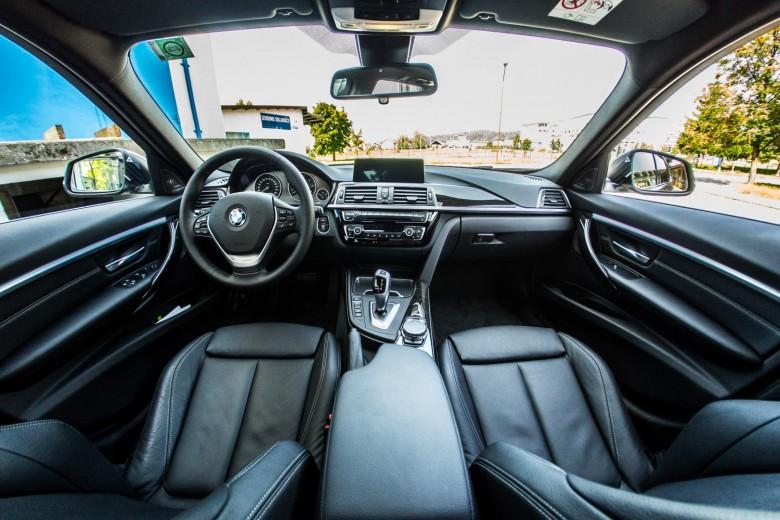 BMWBLOG - BMW TEST - BMW 325d Touring - notranjost (9)
