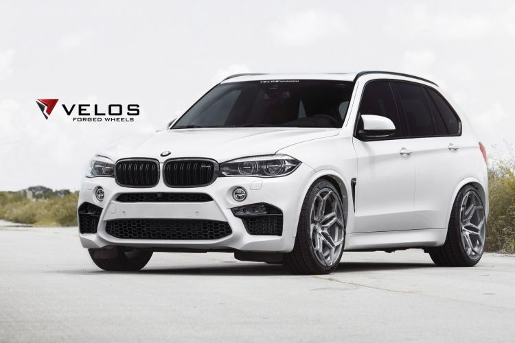 Mineral White BMW F85 X5M on Velos XX Forged Wheels 1