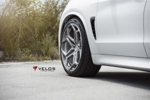 Mineral White BMW F85 X5M on Velos XX Forged Wheels