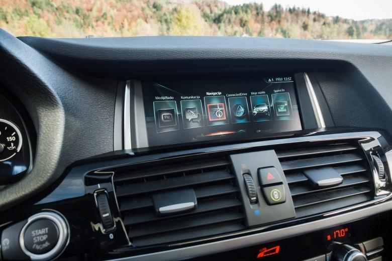 BMWBLOG - BMW TEST - BMW X4 xDrive20d - notranjost (16)