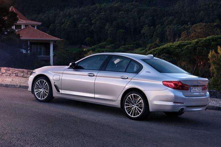 BMW 530e iPerformance (6)