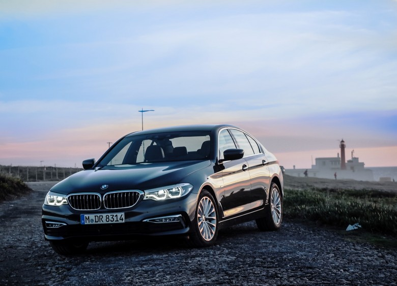 BMWBLOG-Avto-Finance-BMW-g30-series-5-Lizbona-21
