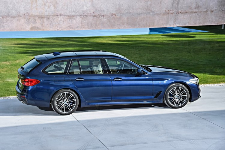 2017 BMW G31 5 Series - Touring - World Premiere (8)