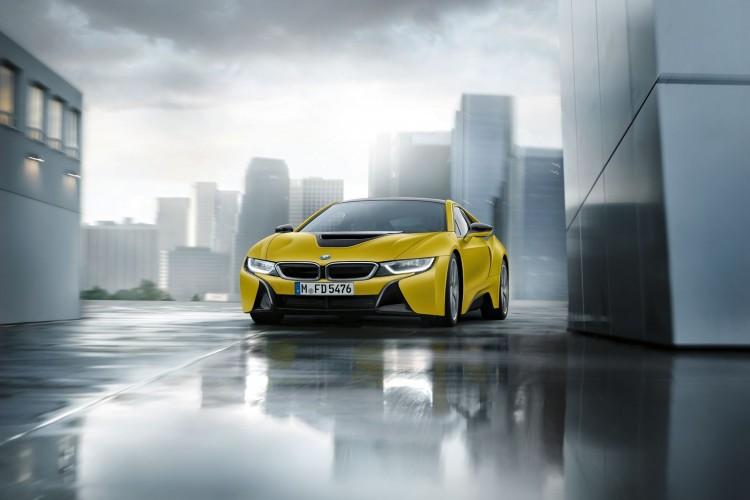 BMW i8 Frozen Yellow 5