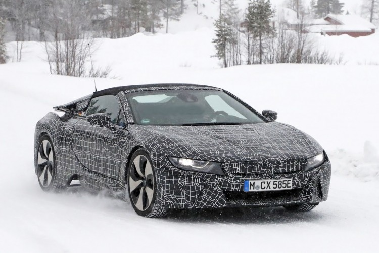 BMW-i8-Spyder-spied (21)