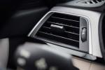 BMWBLOG - BMW test - BMW 320d xDrive Touring -notranjost (10)