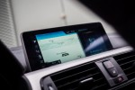 BMWBLOG - BMW test - BMW 320d xDrive Touring -notranjost (8)