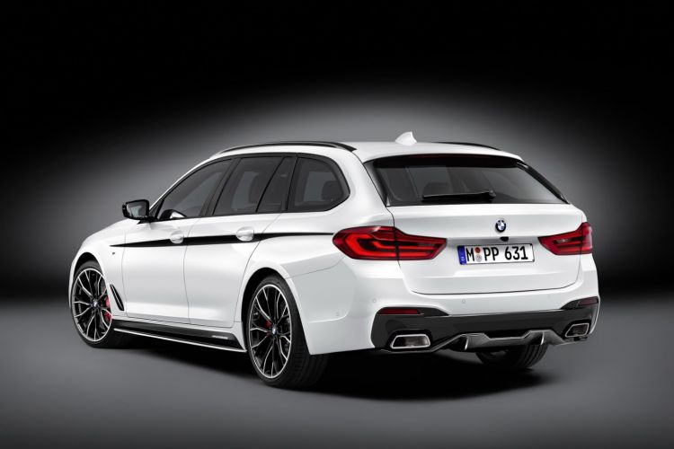 bmw-g31-5-series-touring-m-performance (30)