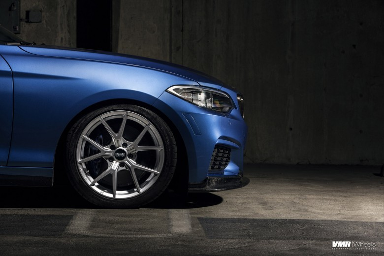 Estoril Blue BMW M240i