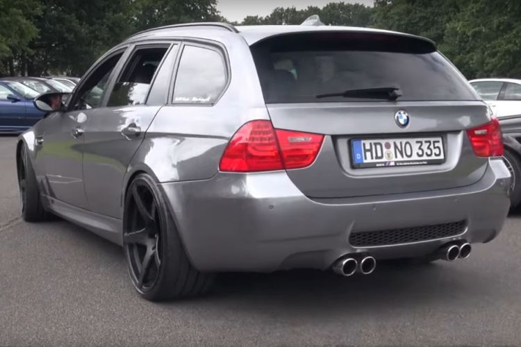 bmw-e91-m3-touring-manhart-v10-m5-engine (4)