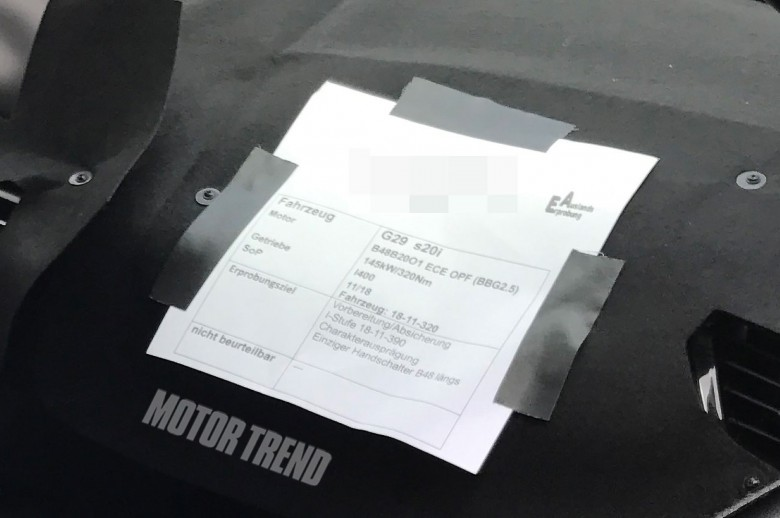 BMWBLOG-Z4-interior-spyshots (4)