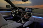 2018 BMW 6 series Gran Turismo - interior - BMWBLOG (2)