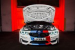 BMWBLOG - BMW M4 Competition Package - BMW Safety CAR - BMW A-Cosmos (20)