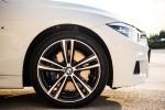 BMWBLOG - BMW Slovenija -  BMW 320d M Performance - notranjost (4)