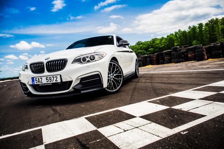 BMWBLOG - BMW TEST - BMW M240i M Performance - Racetrack GAJ - exterior (19)