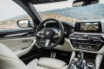 BMWBLOG - BMW TEST - BMW 5 series G30 - 520d xDrive M package - inside (32)