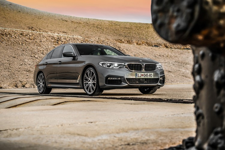 BMWBLOG - BMW TEST - BMW 5 series G30 - 520d xDrive M package - outside (5)