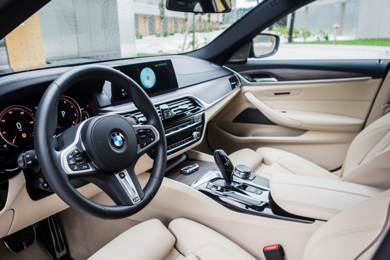 BMWBLOG - BMW TEST - BMW 5 series G31 Touring - BMW A-Cosmos - notranjost (14)