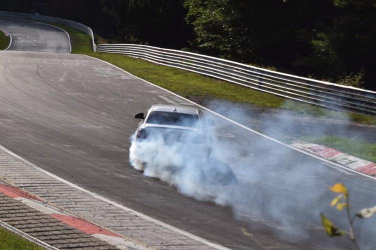 BMWBLOG-bmw-240i-drift-nurburgring (4)