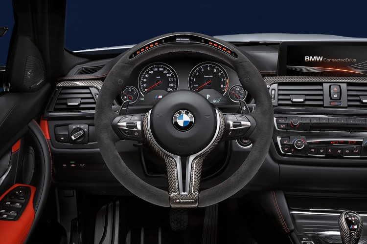 BMW steering wheel - naslovna