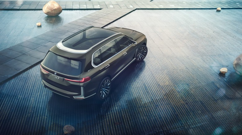 World Premiere - 2019 BMW X7 iPerformance  (8)