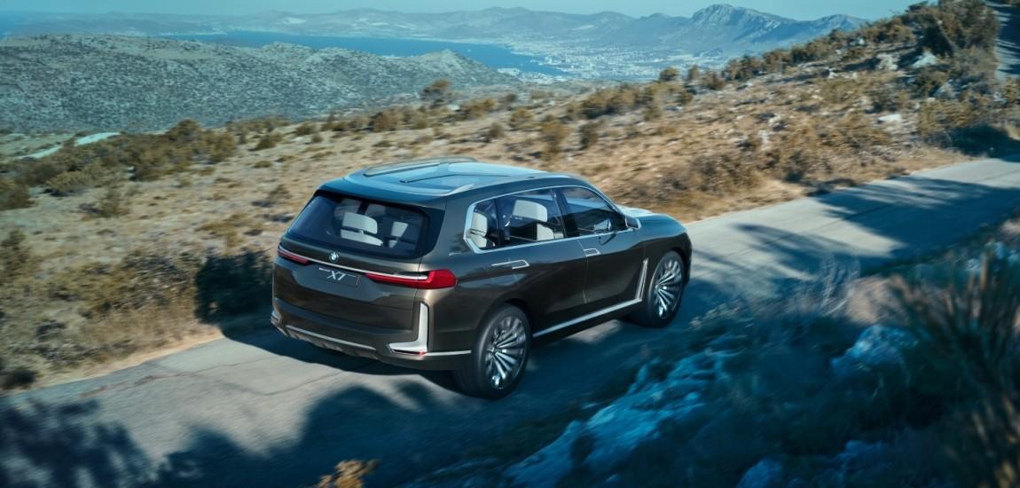 World Premiere - 2019 BMW X7 iPerformance - naslovna