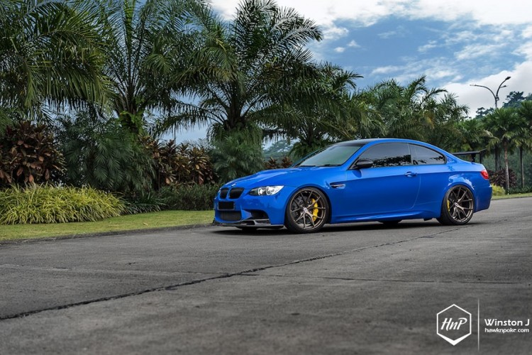 santorini-blue-m3-e92-hre-wheels (20)