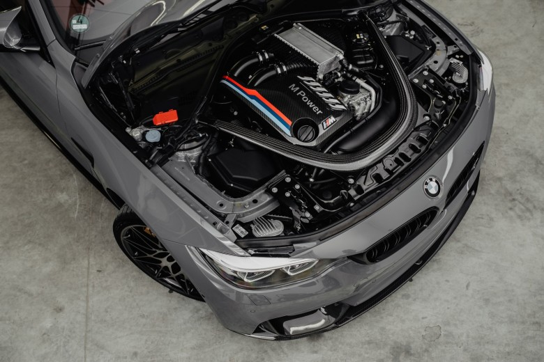 BMWBLOG - BMW TEST - BMW M4 Competition Package - M Performance - Grigio Telesto  (22)