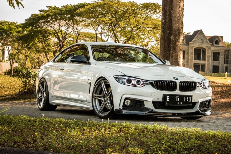 bmw-435i-white-4-series-bimmer-gunmetal-5-spoke-adv1-wheels-k