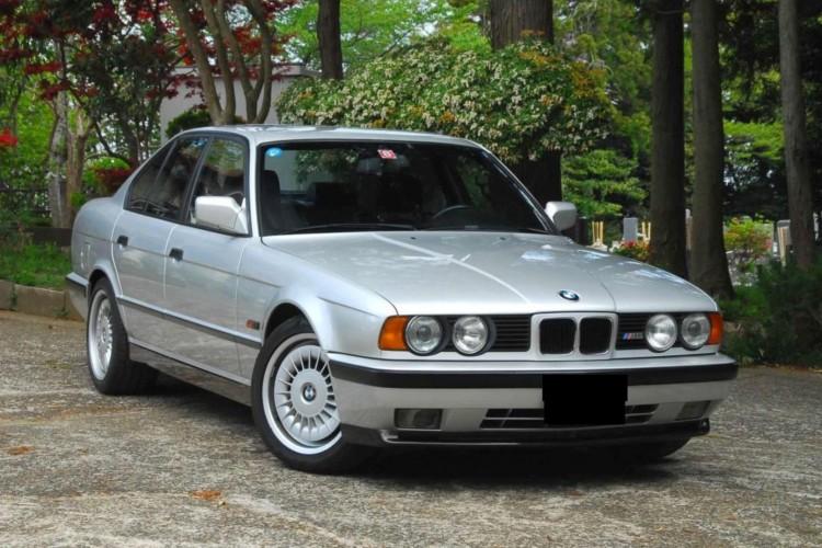 BMWBLOG-BMW-E34-M5 (5)
