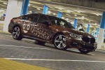 BMWBLOG-BMW-7-Series-Poop-Emoji-predelava-folija (1)