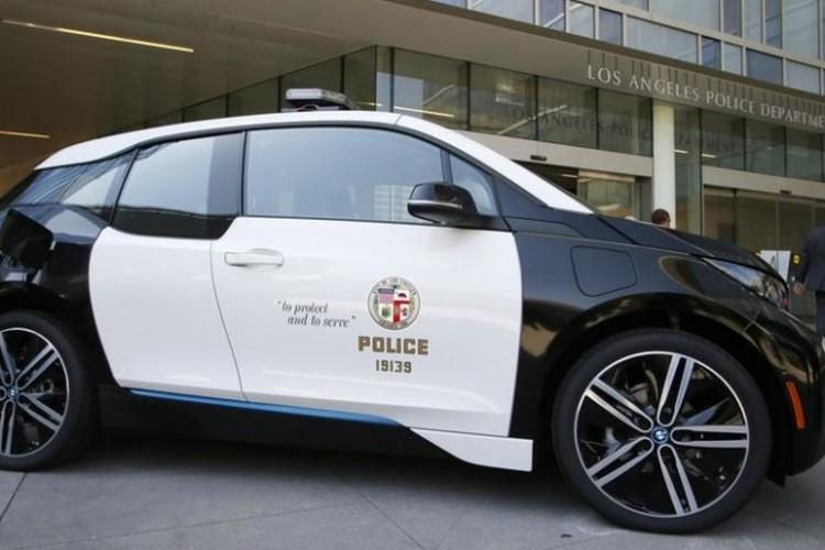 BMWBLOG-LAPD-BMW-i3-EV (2)