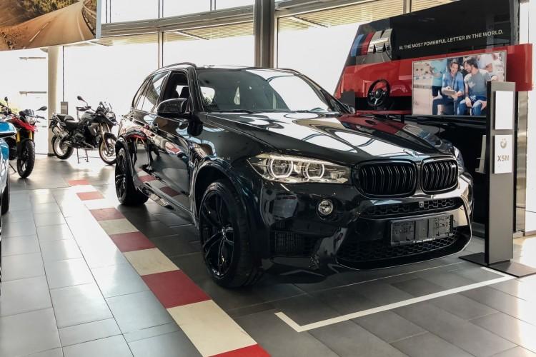 BMWBLOG - BMW X5M F85 - Edition Black Fire (1)