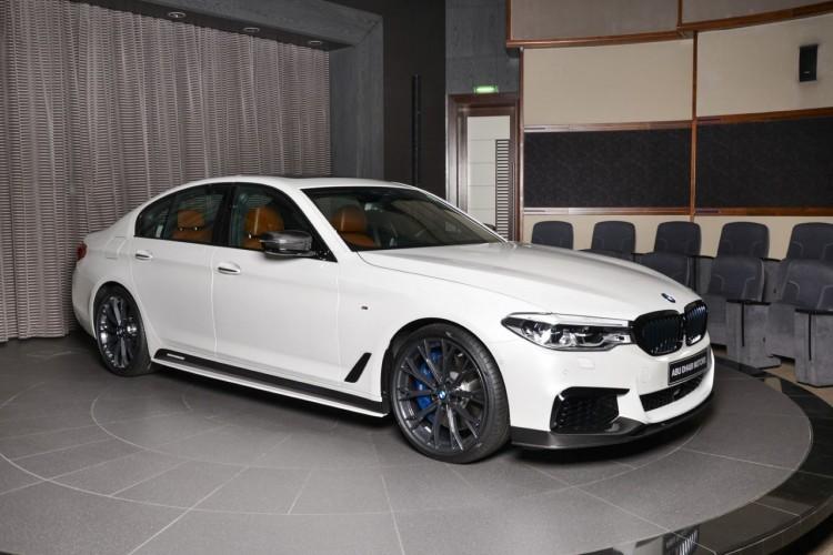BMWBLOG-M550i-M-Performance-Abu-Dhabi (1)
