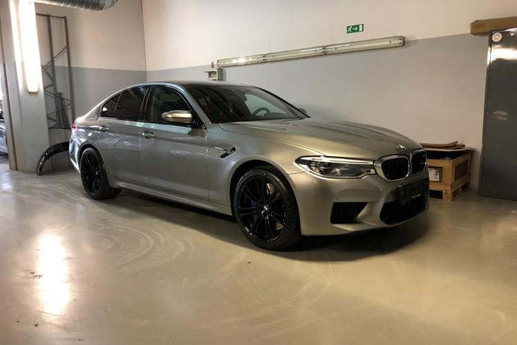 BMWBLOG - BMW M5 F90 - Donington Grey - BMW A-Cosmos (1)