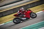 BMWBLOG-M760Li-vs-Ducati-Panigale (9)