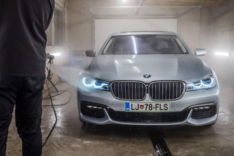 BMWBLOG - Avtokozmetika Kristal - BMW 740Le G12 - CAR detailing (13)
