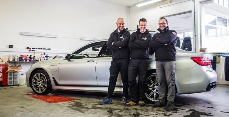 BMWBLOG - Avtokozmetika Kristal - BMW 740Le G12 - CAR detailing (50)