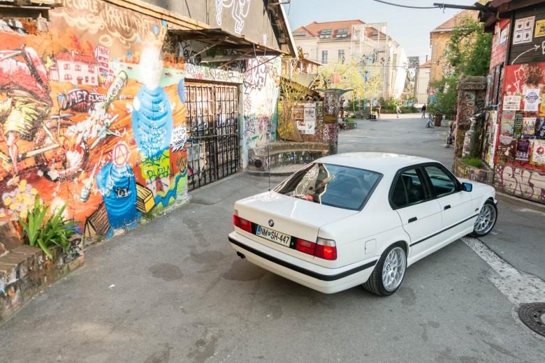 BMWBLOG - BMW E34 - 525i (36)